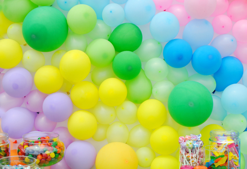 Balloon Party Backdrop Tutorial