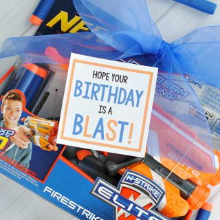 Cool Birthday Presents: Nerf Gun Gift Idea
