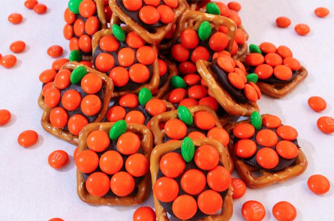 pumpkin-pretzel-bites-main