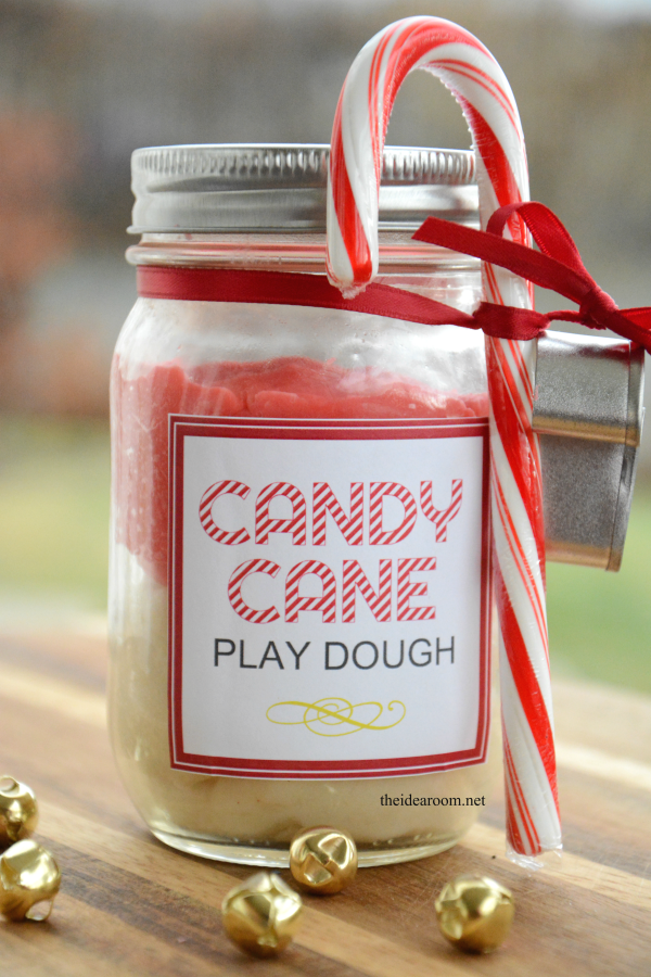 candy-cane-play-dough-5