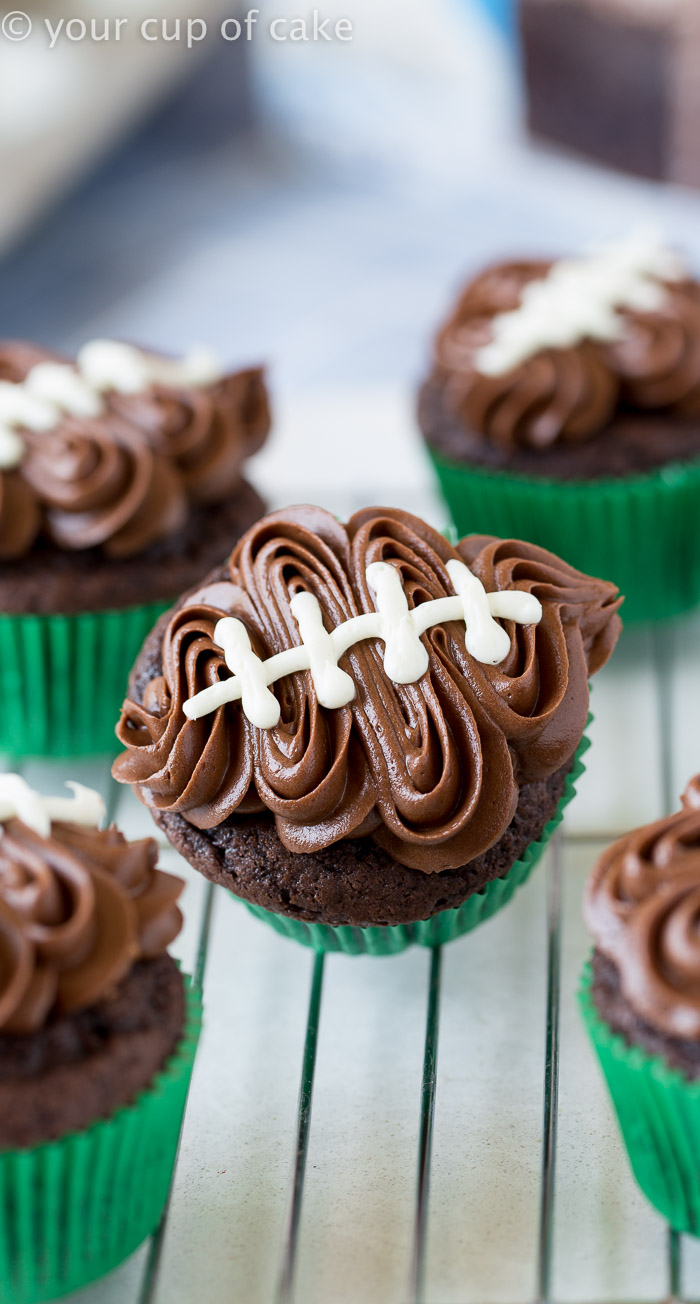 football cupcake cake 25 football themed ideas squared 4308