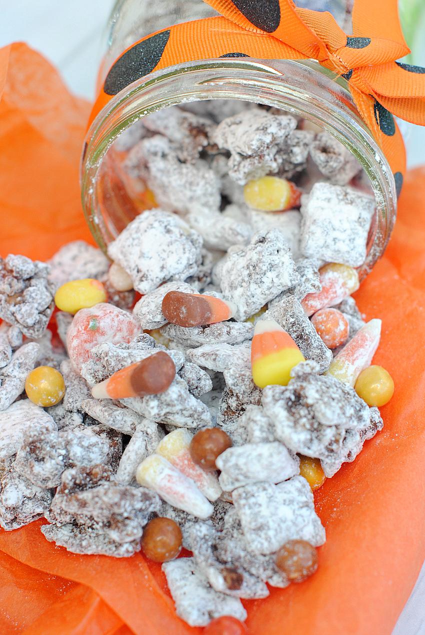Caramel Muddy Buddies