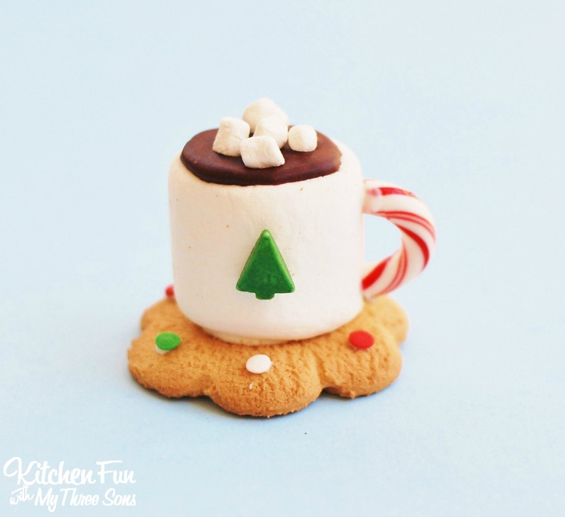 christmas-hot-chocolate-marshmallow-cookie-mug-treats-5