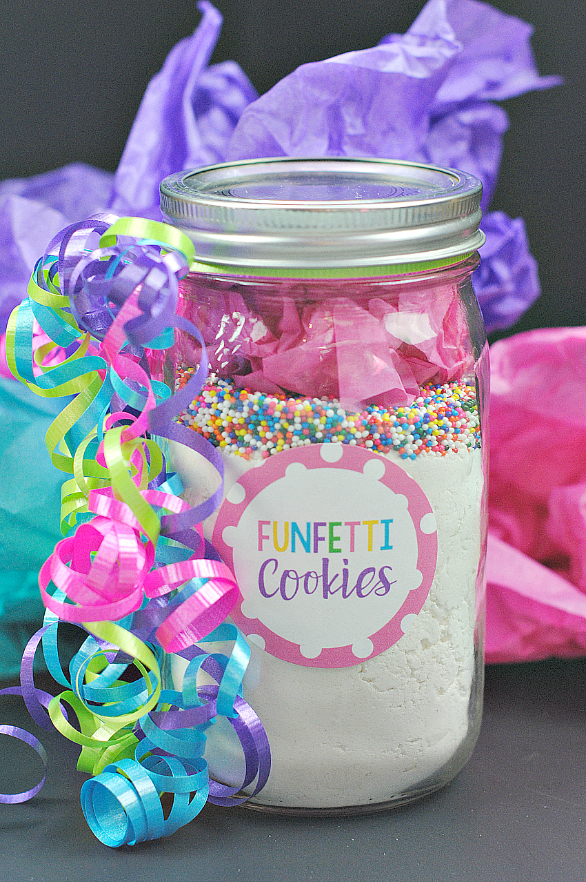 Funfetti Cookies in a Jar Mix