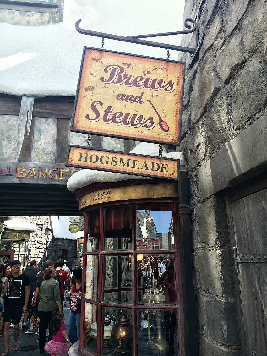 Shops at Harry Potter Land