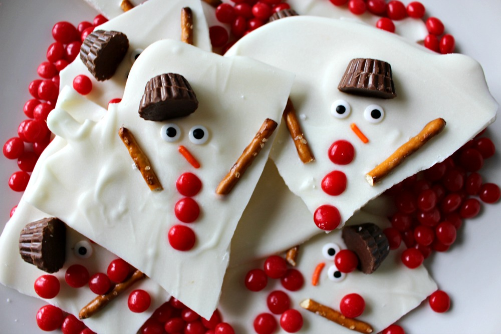 melted-snowman-chocolate-bark