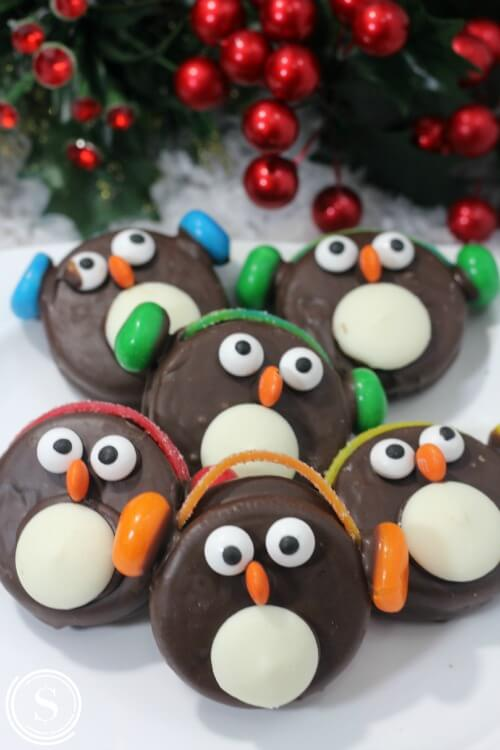 How to Make Oreo Penguins