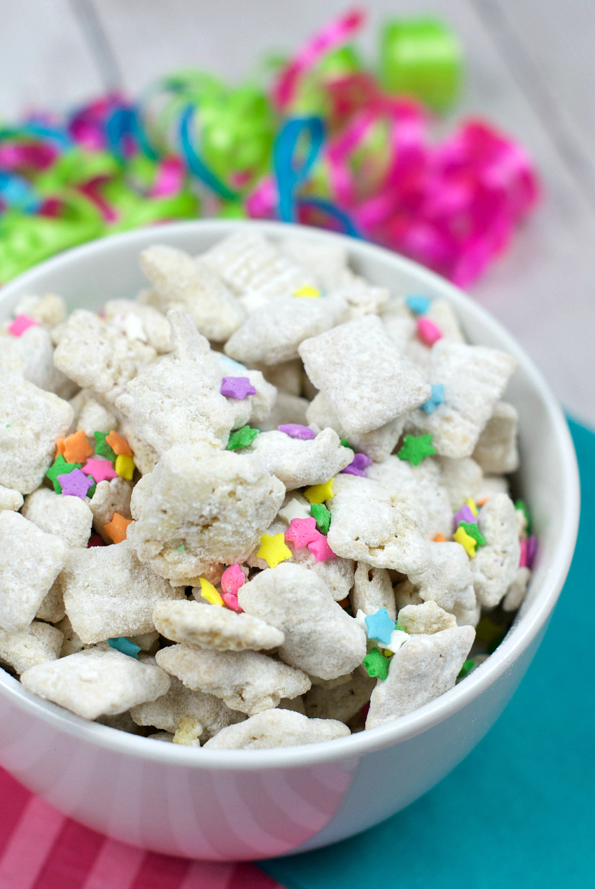 Cake Batter Muddy Buddies Recipe