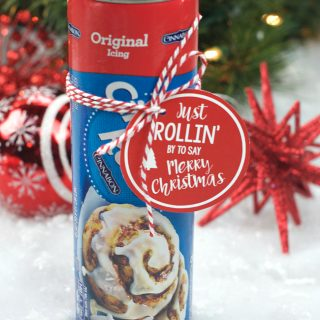 Punny Neighbor Gift Idea: Cinnamon Rolls