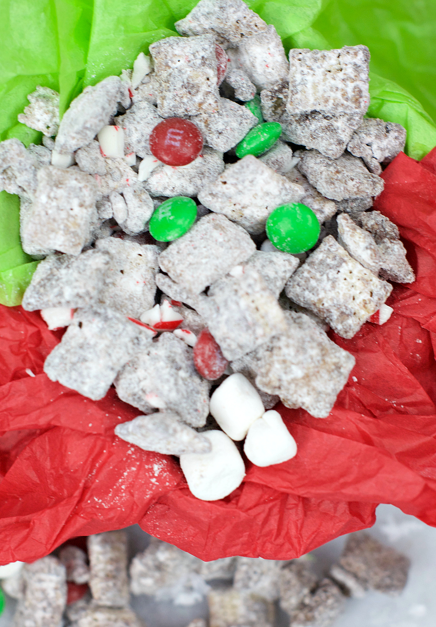 christmas chex mix - Christmas Puppy Chow