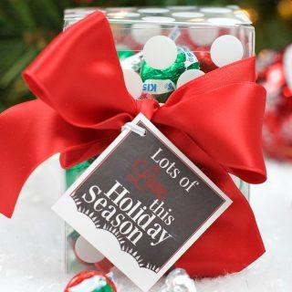 Lots of Love Hershey's Kiss Christmas Gift Idea