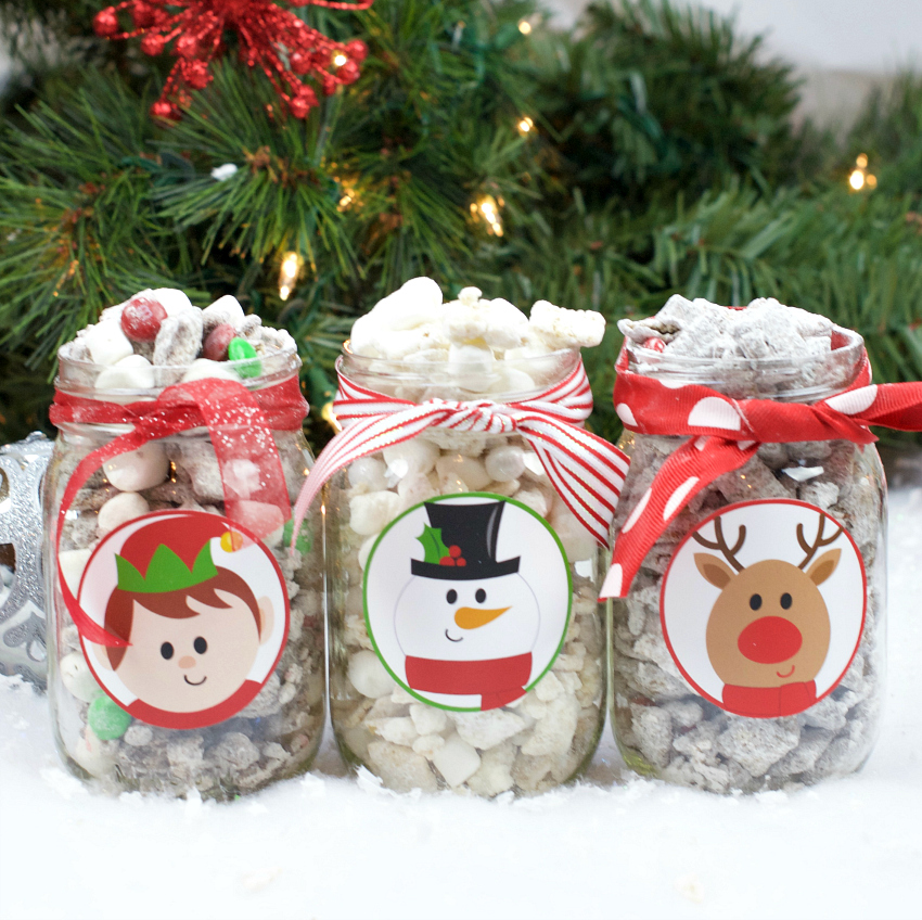 Christmas Muddy Buddies Recipe and Gift