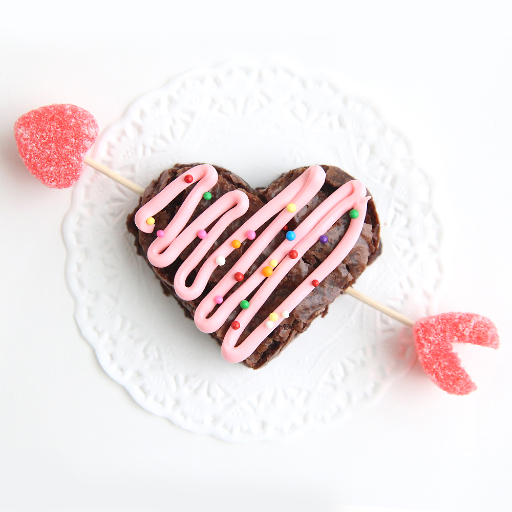 valentines-day-brownies-easy-treat-heart-shaped-brownie-recipe-fun-kids-food-recipe-4-1