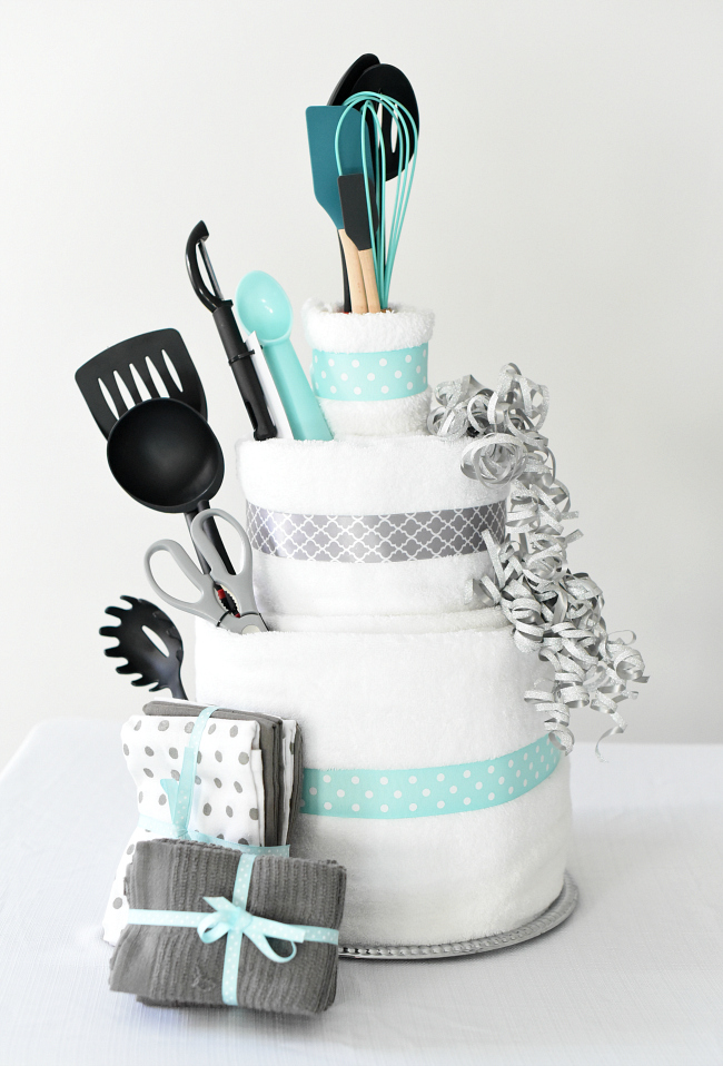 Towel Cake A Fun DIY Bridal Shower Gift FunSquared - Wedding Shower Towel Cake