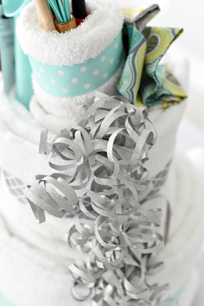 How To Make A Bridal Shower Cake Out Of Towels