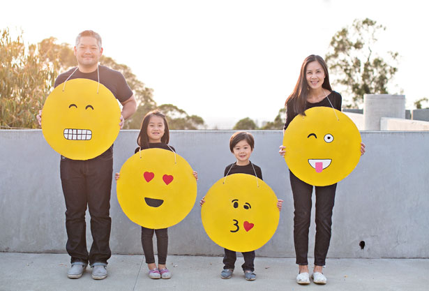 Emoji Family Costume Idea