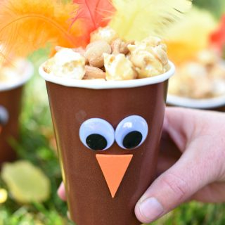 Cute Turkey Treat Cups-Thanksgiving Favors
