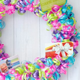 Creative Gift Card Ideas: Gift Card Wreath