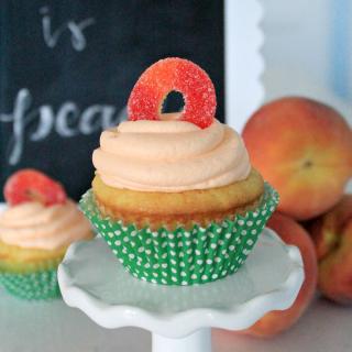 Simply Delicious Peach Cupcakes