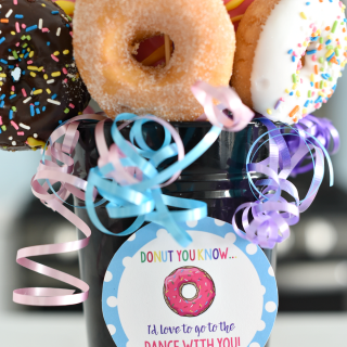 Donut Bouquet: Cute Ways to Ask a Girl to Homecoming
